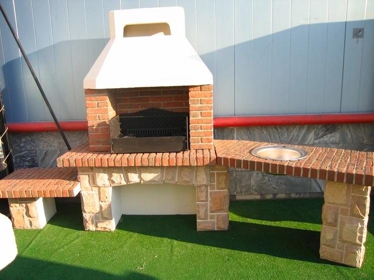 realizzare barbecue muratura