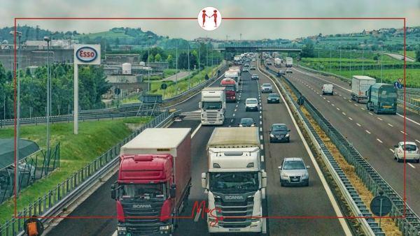 Una recente sentenza ha chiarito i termini di mantenimento delle fasce di rispetto autostradale e i relativi vincoli di inedificabilità assoluta.